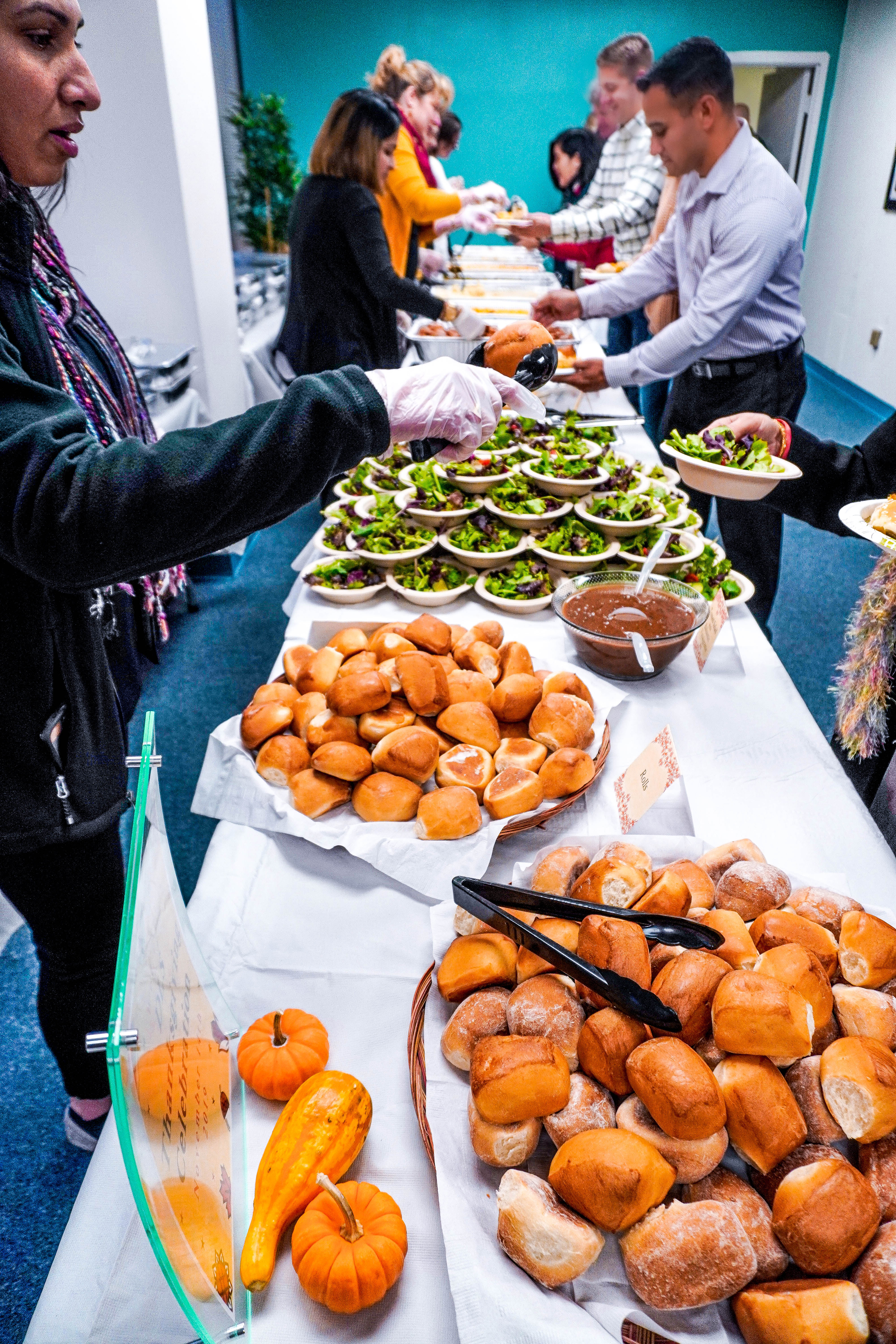 Diplomatic Language Services serves traditional American Thanksgiving food